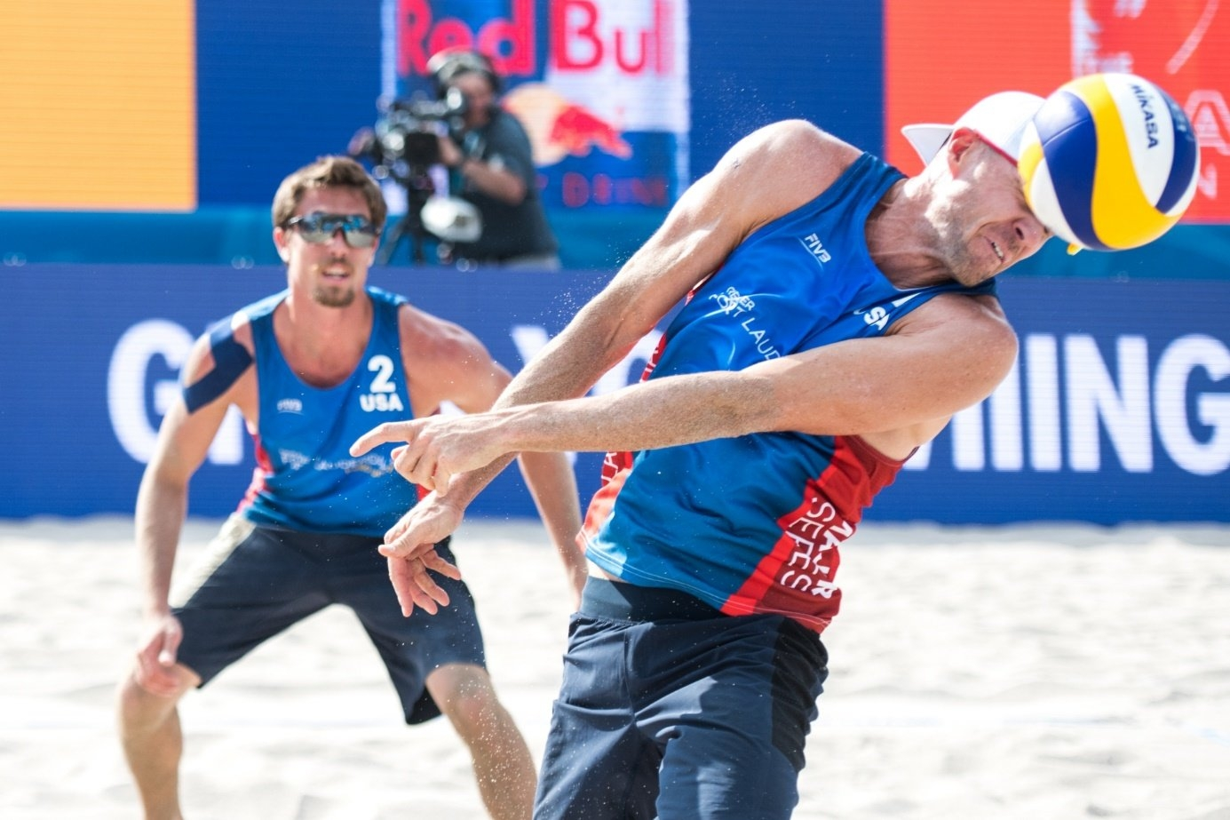 Just gotta get it…. Grrr… Aaaah! (Just some of the sound effects from beach volleyball headers) Photocredit: Mihai Stetcu
