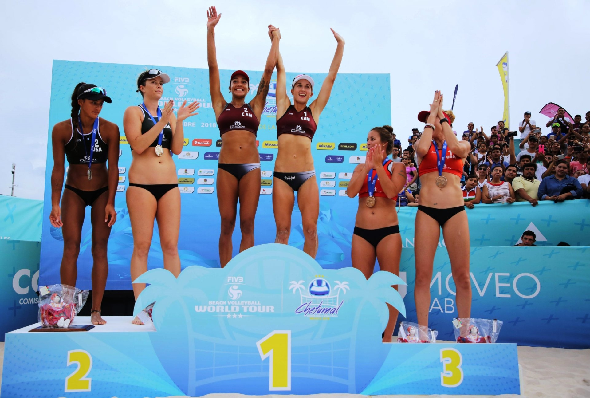 Wilkerson and Bansley celebrate at the top of the podium in Mexico (Photocredit: FIVB)