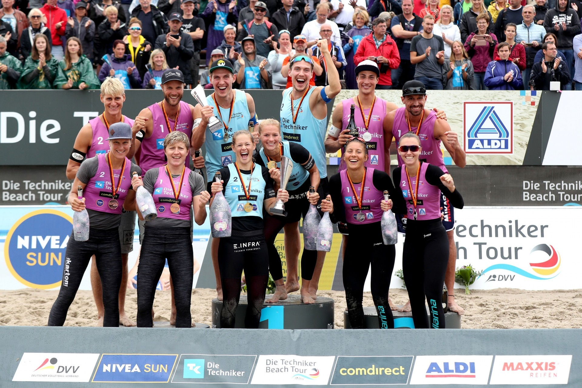 The medalists of the German Tour stop in Kühlungs-Born (Photocredit: Die Techniker Beach Tour)