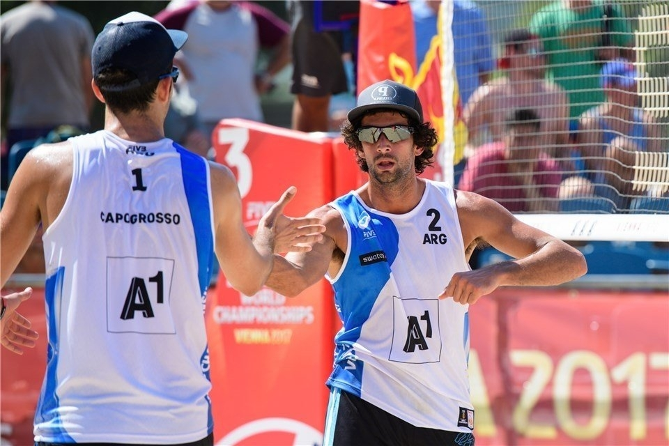 Argentina's Nico Capogrosso (left) and Julian Azaad won the first stop of the South American Tour in Brazil (Photocredit: FIVB)