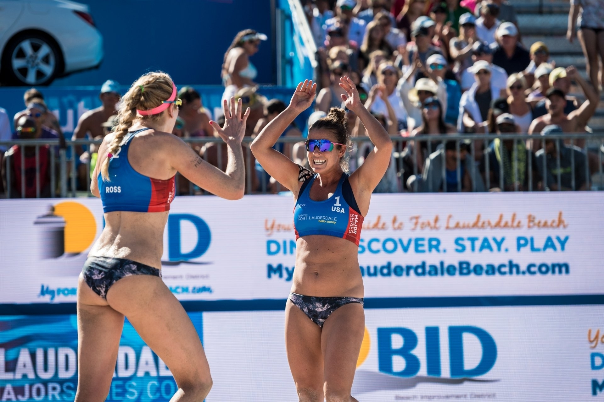 Brooke Sweat (right) celebrates during the Fort Lauderdale Major, where she and Summer Ross finished third