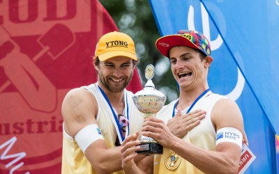 Seidl/Waller and Straussis champions in Austria
