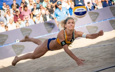 The 5 Trademark Moves of Beach Volleyball