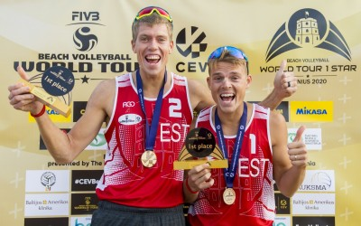 First World Tour Gold for Estonians and Italians