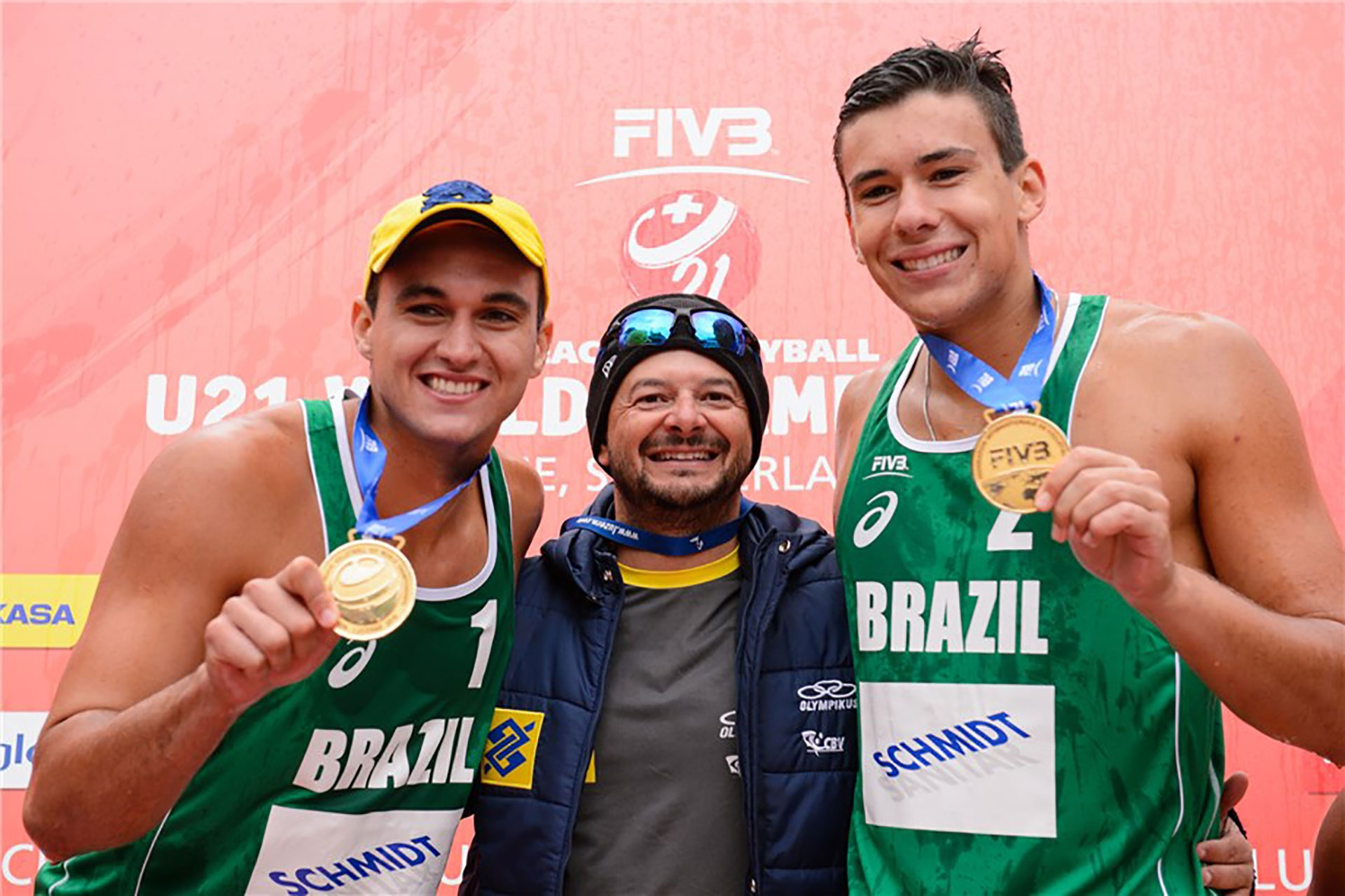 Brazil's George Souto Maior Wanderley and Arthur Diego Mariano Lanci show off their gold medals in Lucerne. Photo credit: FIVB.