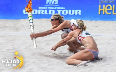 Nothing is too hot to handle for beach volleyball stars!