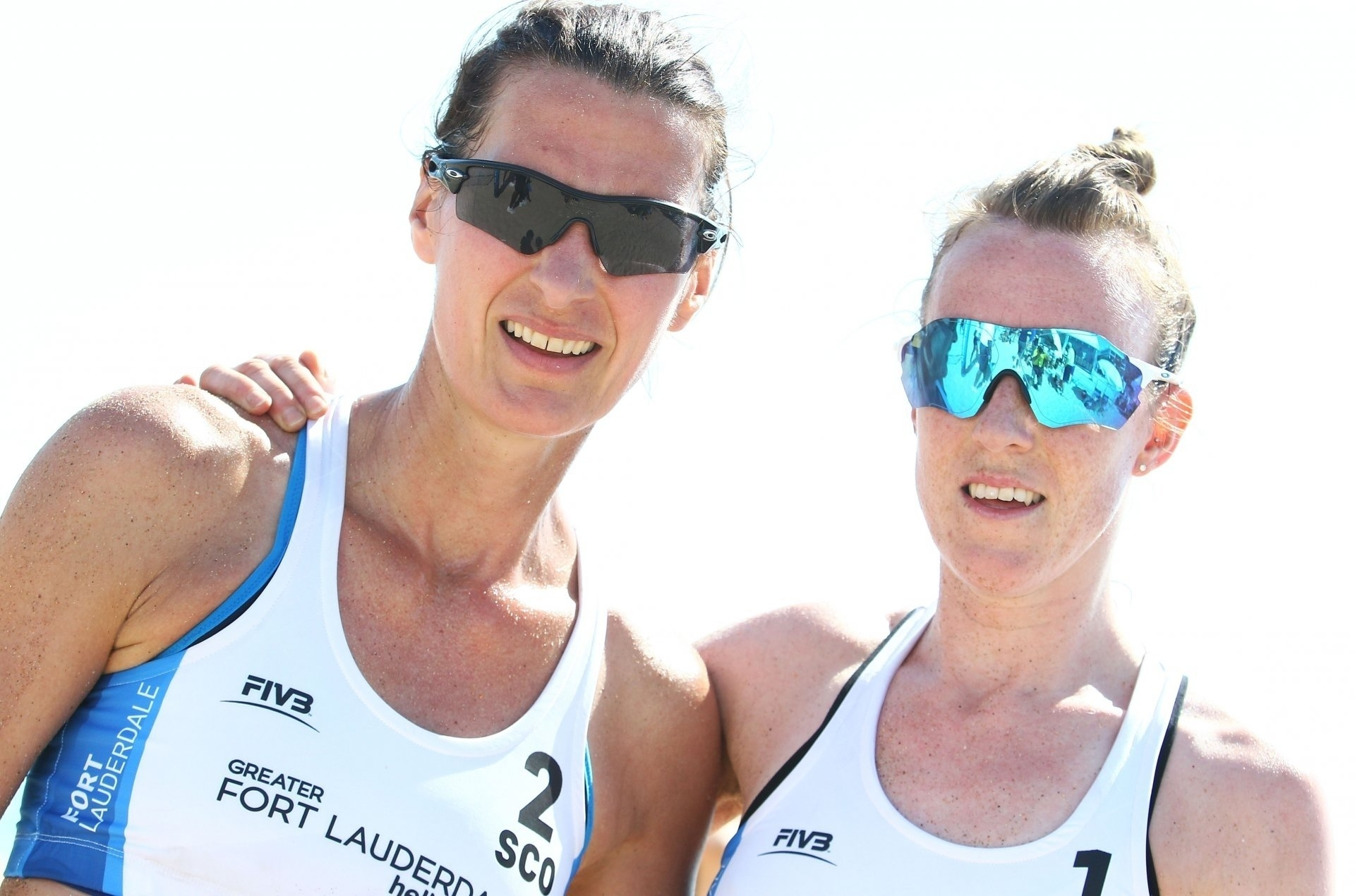 Melissa (left) and Lynne were far too good for Grenada in their Commonwealth Games opener