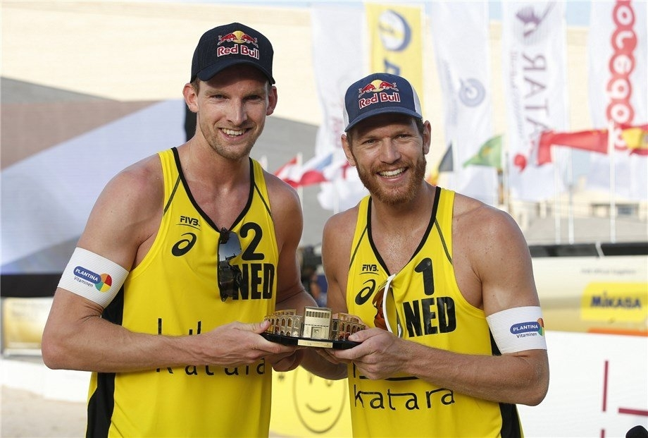 Robert Meeuwsen (left) and Alex Brouwer now have two medals from three competitions this season (Photo credit: FIVB)