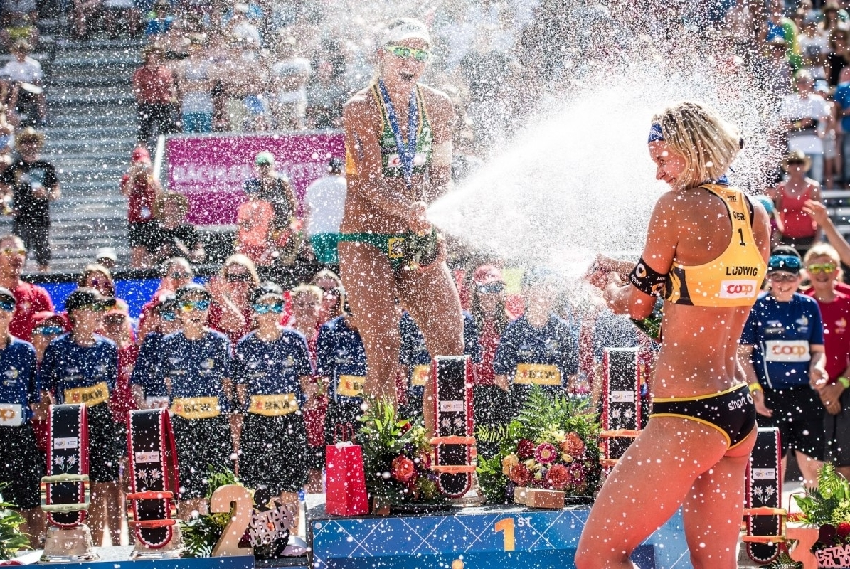 Crack open the champagne! The 2017 beach volleyball season schedule is here! Photocredit: Mihai Stetcu.