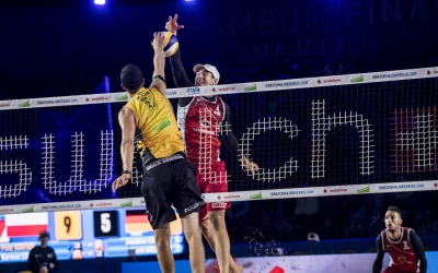 Poles power through to quarterfinals