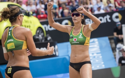 It's bronze for Larissa/Talita!