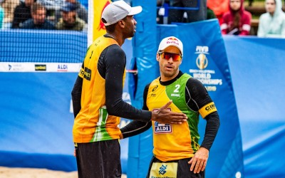 Evandro and Bruno close pool with big victory