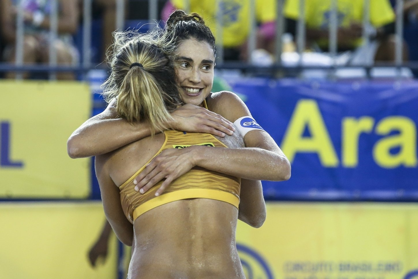 Carol Solberg and Maria Antonelli celebrate their first national title together (Photocredit: CBV)